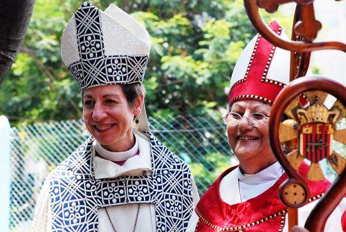 Woman_bishops