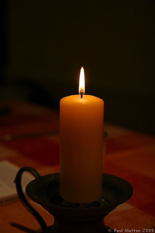 Candle_in_the_Dark_IMG_7300