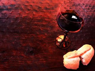 Bread_and_Wine_for_Communion